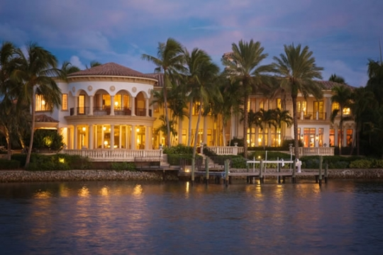 Custom home located on Commodore Drive in Admirals Cove, Jupiter, Florida.
